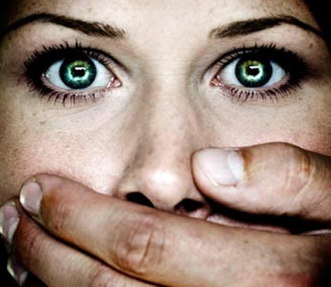 Donne e violenza: l'uomo che non accetta l'emancipazione